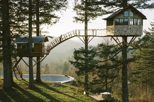 the cinder cone construire sa maison dans les arbres. Black Bedroom Furniture Sets. Home Design Ideas
